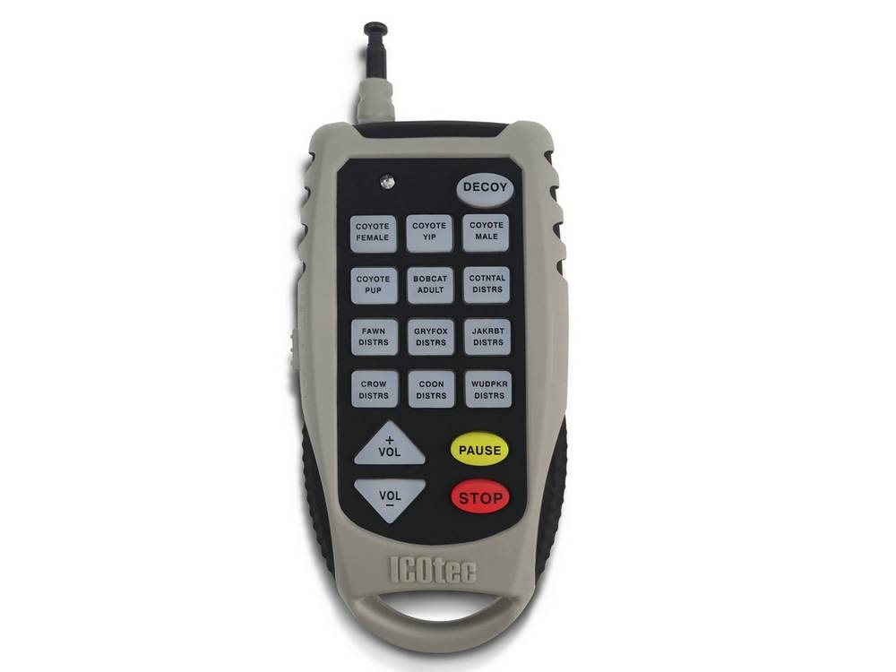 Electronic coyote call has volume controls