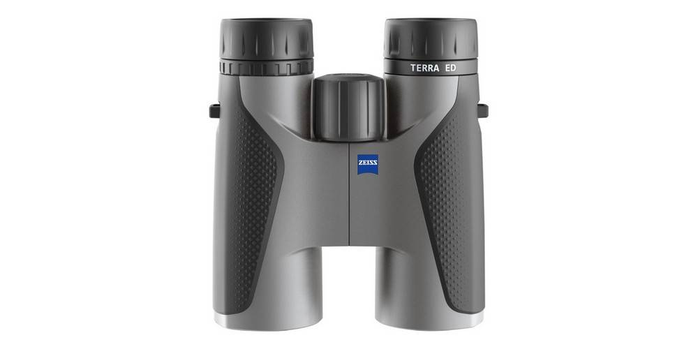 Zeiss Terra ED 10x42 has a compact and sturdy construction