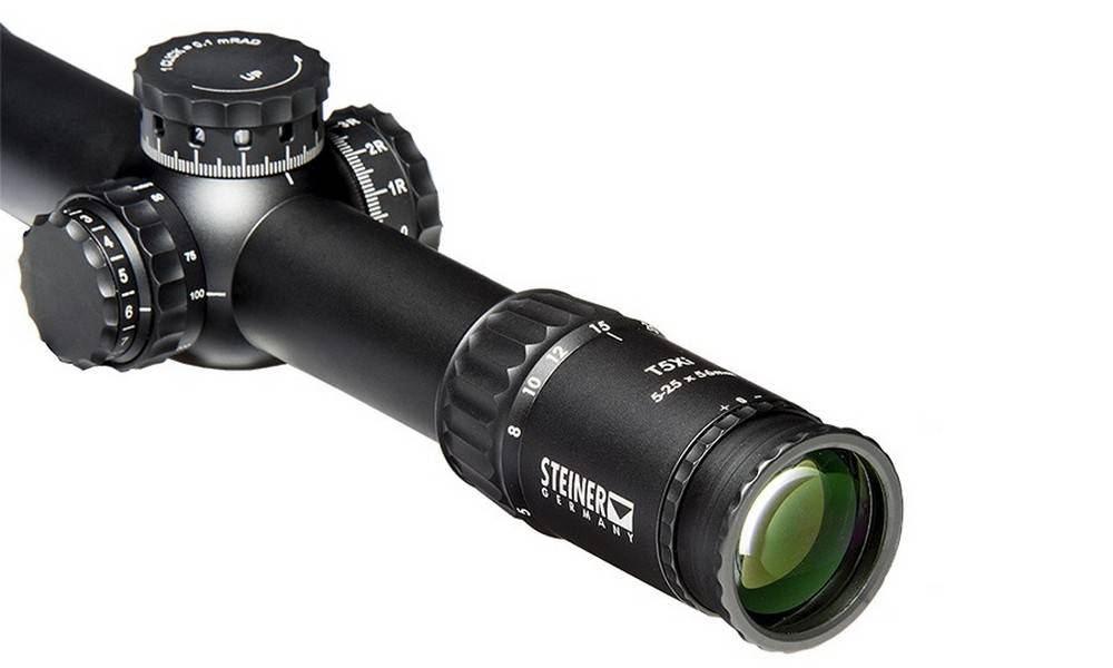 Steiner Model 5122 T5Xi 5-25x56 has the side focus