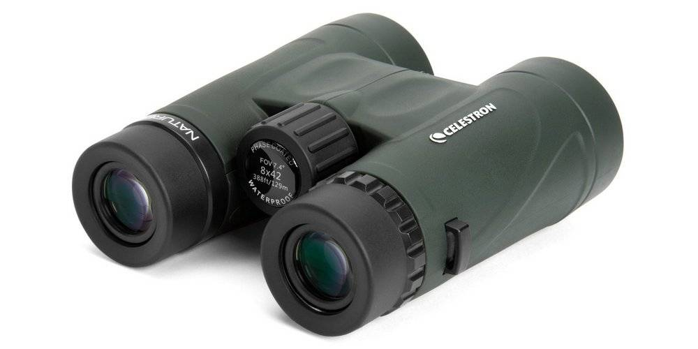 Celestron 71332 Nature DX 8x42 has a rubber covering to give the binos a comfortable and solid grip